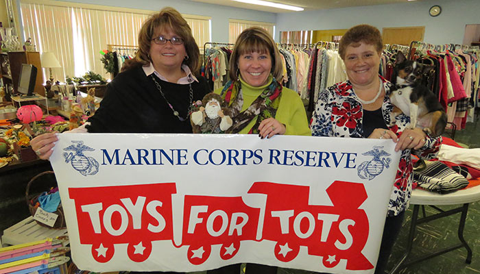 (L to R): Heather Brown, Terri Johnson, Debi Brandi & Snoopy