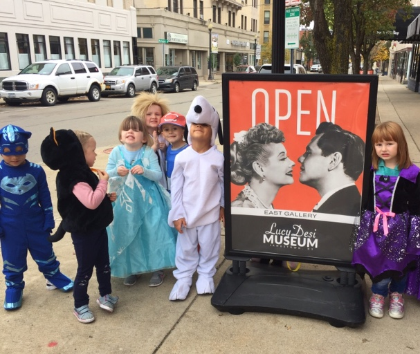 Lastly, in lieu of this month's theme of safety, the preschoolers had the opportunity to trick or treat around the block while learning the 'do's and don't's' for Halloween safety.