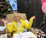 Helen celebrating her 101st birthday after receiving her COVID-19 vaccination.
